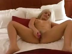 Masturbating amateurs